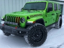 Mojito Jeep JL Playing in the Snow_1