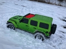 Mojito Jeep JL Playing in the Snow_2