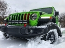 Mojito Jeep JL Playing in the Snow_3