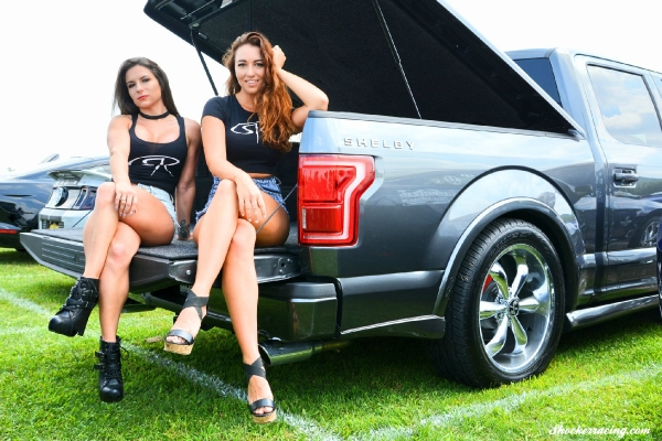 Bex Russ and Bianca Owens at American Muscle 2017