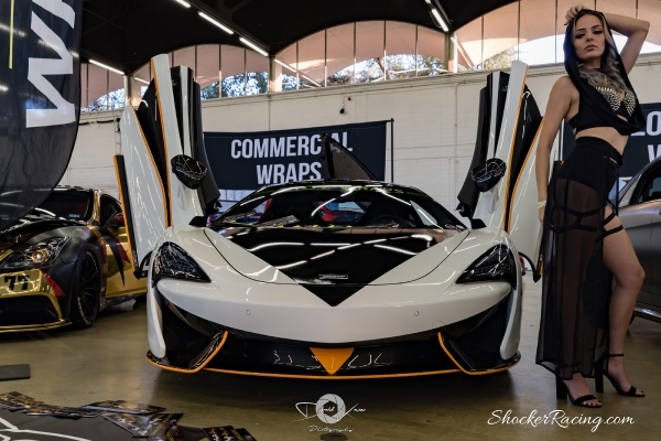 Samantha Kaye at Spocom Texas 2017 with a Mclaren